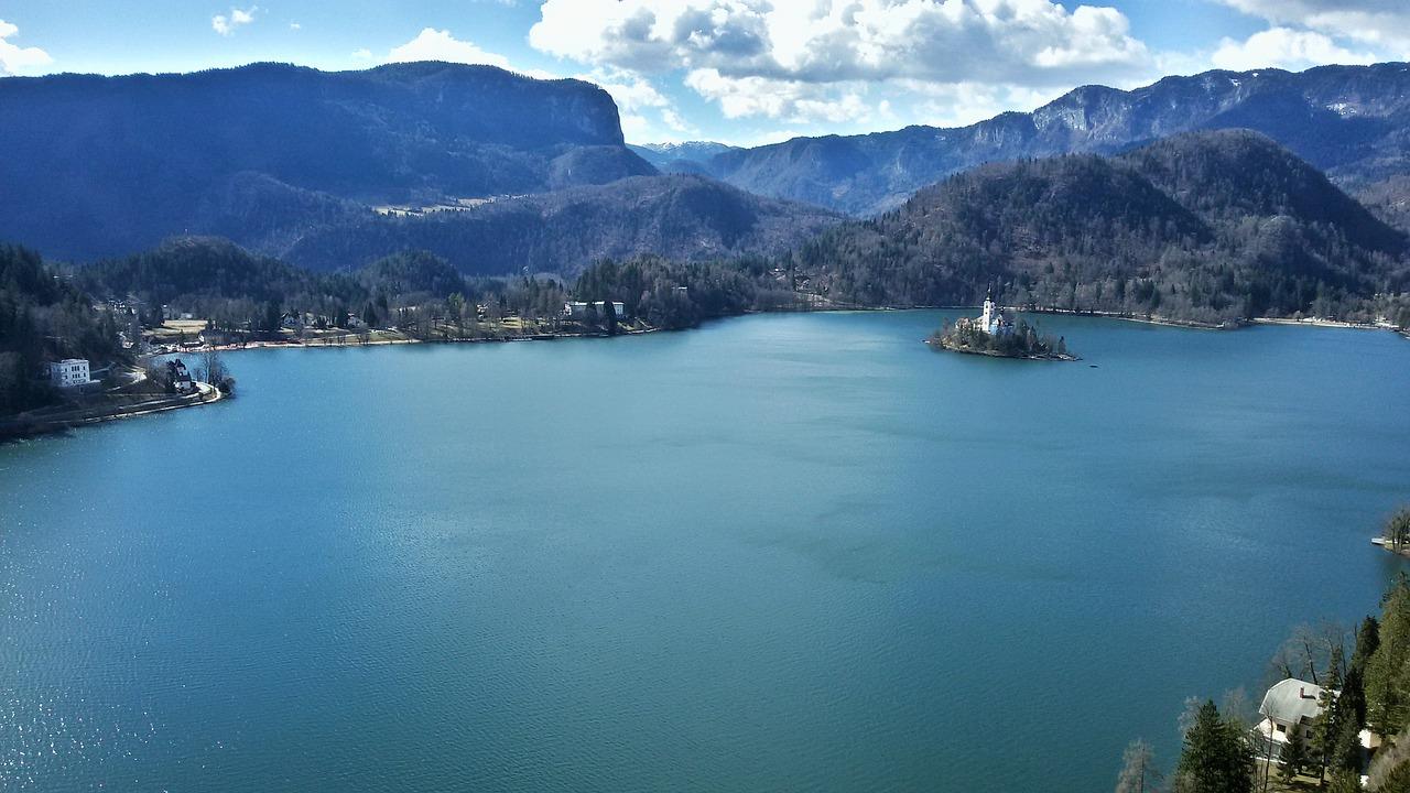 Pogoda i plaże nad jeziorem Bled